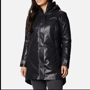 New women's Columbia coat